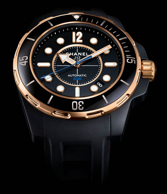 Chanel j12 only watch©Chanel