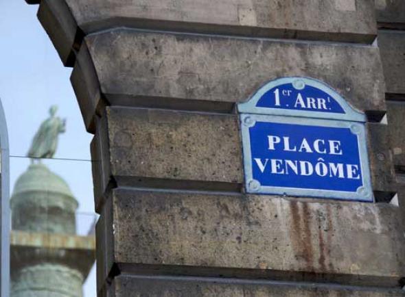 La place Vendôme haut lieu du luxe francais copyright JAUBERT/SIPA