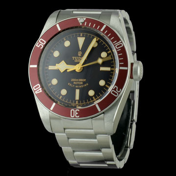 photo_1-montre-tudor-black-bay-24650 montre de luxe cresus occasion