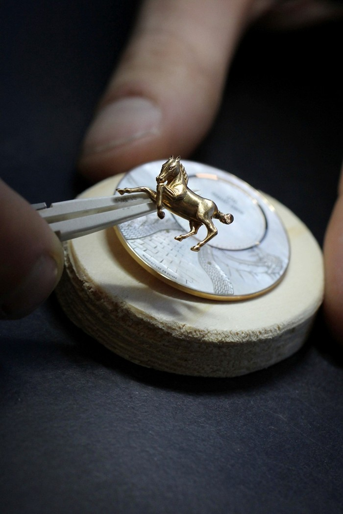 jaquet-droz-petit-heure-minute-horses_3