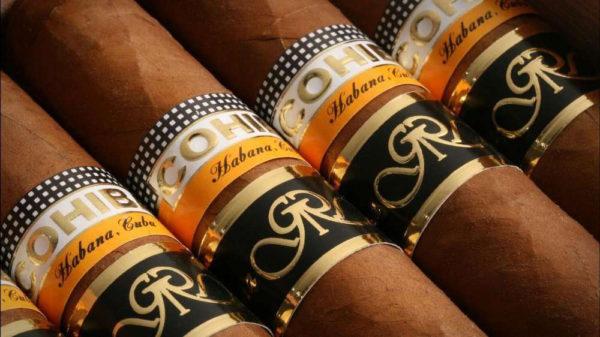 zenith-cigares-hommage-montre-luxe-el-primero-cresus-cohiba-copyright-jsbg-me