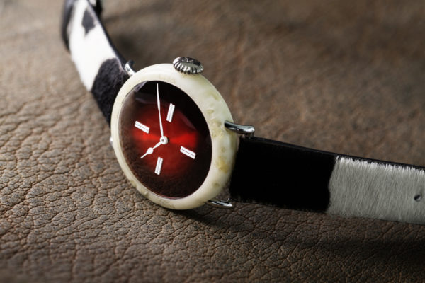 h-moser-Swiss-Mad-watch-montre-fromage-copyright-h-moser.com