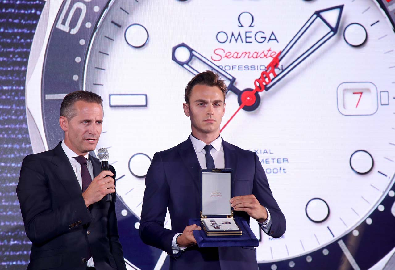 Omega-commanders-watch-Une-nouvelle-montre-Omega-pour-M-Bond-copyright-lacotedesmontres